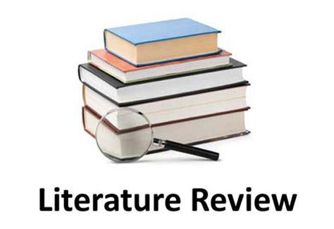 Doing literature reviews
